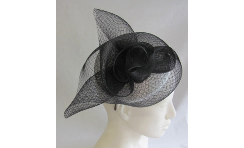 Ariane Delabays - Modiste à Lausanne - Confection de chapeaux - Collection Soirée - 10